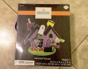 Holiday Inspirations Halloween Haunted House Centerpiece Foam Kit Craft New