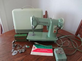 Vintage Singer Featherweight Folding Sewing Machine Table for 221 222 Card Table