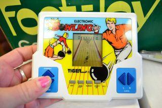 1990s Bowling Tiger Electronic Handheld Pocket Arcade LCD Vintage Video Game ★