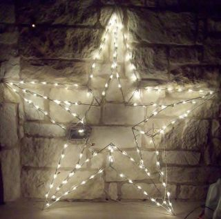 "Lighted 52"" Star with 140 Lights Outdoor Christmas Yard Decor"