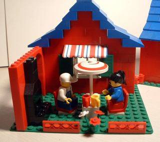 Custom Lego Set 80's Town House w Car Figs Cond