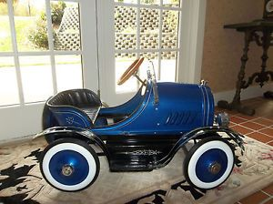 Kids Pedal Car Antique Style Roadster Ride on Toy Cushion Seat Blue Deluxe Mint
