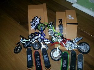 Kids Die Cast Dirt Bikes Ramps and Skateboard Toys