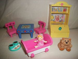 Fisher Price Loving Family Dollhouse Kids Fun Time Play Room Flip Table Toy Box