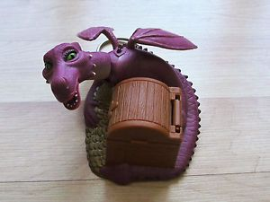 2001 Dragon Keychain Shrek Burger King Kids Meal Action Figure Treasure Chest