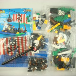 Enlighten Sunken Pirates SHIP Boat Building Blocks Brick Bricks Toy 238pcs QM302