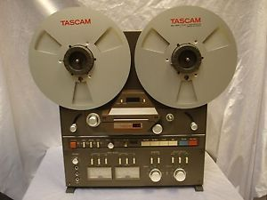 Tascam 32 Professional Reel to Reel Tape Recorder with Hubs and Reels