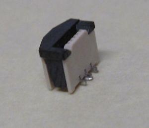 iPod 5th Gen Logic Board Battery Connector