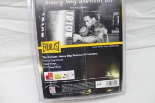 New Everlast Heavy Bag Workout Kit Gloves Hand Wraps Jump Rope Boxing MMA Red