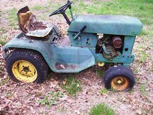 1969 John Deere Lawn Garden Tractor