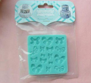 1pcs Cute Bow Chocolate Candy Jello 3D Mold Mould Cartoon Figre Cake Tools