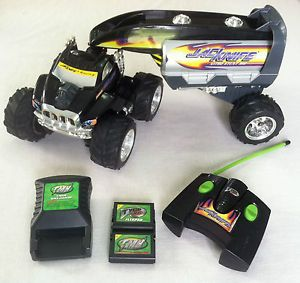 Tyco RC Jacknife Nitro Stunt Rig Remote Control Car w Battery Charger Works