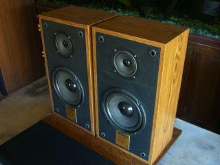 Jensen Bookshelf Speakers Model CS265 100 Watts
