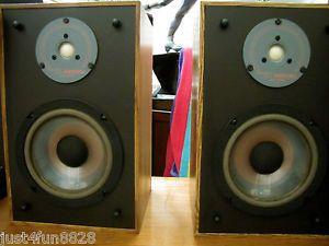 Infinity RS 10 Small Bookshelf Speakers