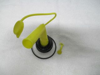 Chilton Craftsman Plastic Gas Can Spout w Vent Cap Screen Clean
