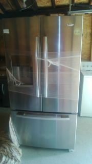 Whirlpool Goldrefrigerator 25 5 CU ft French Doors w Bottom Freezer Local Pickup