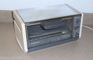 Countertop Oven Made In Usa : Black Decker Toaster Oven Spacesaver Spacemaker Made in USA