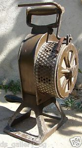 WWI WWII Crank Hand Operated Air RAID Siren Horn Fire Emergency Safety Alarm