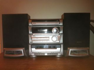 Aiwa Sony Made Compact Stereo System 3 CD Am FM Double Cassette w Aiwa Speakers