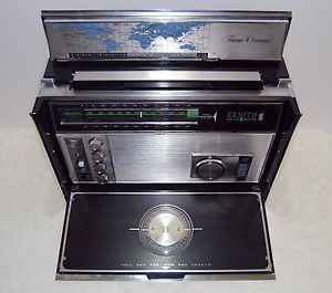 Vintage Zenith Royal D7000Y 11 Band Solid State Trans Oceanic Shortwave Radio