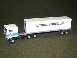 Vintage Ertl Speed Queen Washers Dryers Diecast Kenworth Semi Truck Trailer