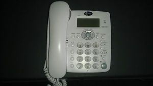 White at T 1855 Digital Answering System Telephones Wall or Desktop