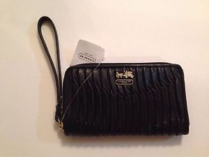 Coach Madison Gathered Leather Black Universal Case Wallet Wristlet F64998