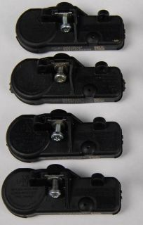 Chevy GM TPMS TPM Tire Pressure Sensor Set of 4 25920615 Used