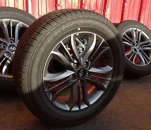 Hyundai Tucson Factory Wheels Tires Rims 225 60R17 Kumho Tire Tucson SE 17