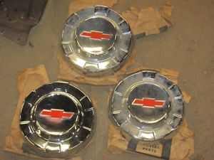 61 62 63 Chevy Truck Hub Caps 3789115 Set of 3 Chevrolet