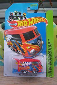 2014 Hot Wheels Volkswagen Kool Kombi Red Volkswagen Kool Kombi Look New VW