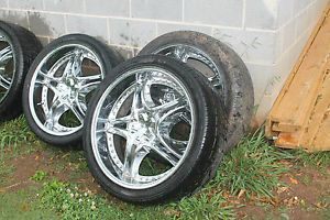 Set of Four 24 inch KMC KM136 Maven Rims w Tires $1300 Decatur