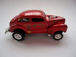 100 Hot Wheels Willys Gasser Big John Mazmanian with Real Riders