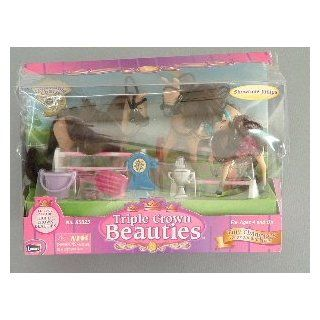 Triple Crown Beauties Tiny Champions   Showtime Jumps Horse Set: Toys & Games