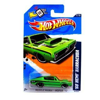 2012 Hot Wheels Muscle Mania   Mopar '68 Hemi Barracuda Green #87/247: Toys & Games