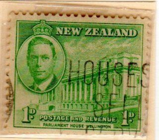 Postage Stamps New Zealand. One Single 1p Emerald Parliament House Wellington Stamp Dated 1946, Scott #248.: Everything Else