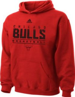 Adidas Chicago Bulls NBA Youth Stacked Fleece Hoodie, Red (X Large (18 20)): Clothing