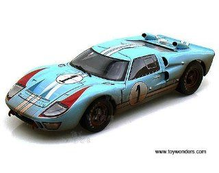 Sc405bu Shelby   Ford Gt 40 Mk Ii Hard Top #1 w/ Dirt (1966, 118, Gulf Blue w/ White Stripes) Sc405 Diecast Car Model Auto Vehicle Automobile Metal Iron Toy Toys & Games